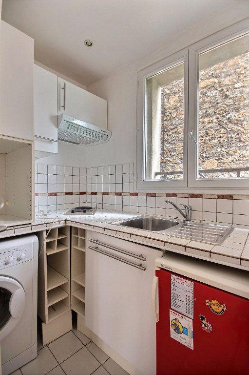 Appartement à louer 2 33m2 à Paris 14 vignette-3