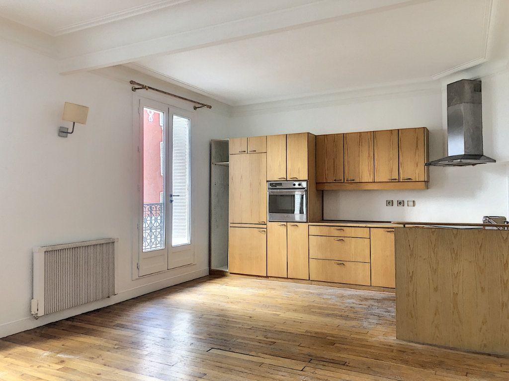 Appartement à louer 2 50m2 à Paris 14 vignette-1