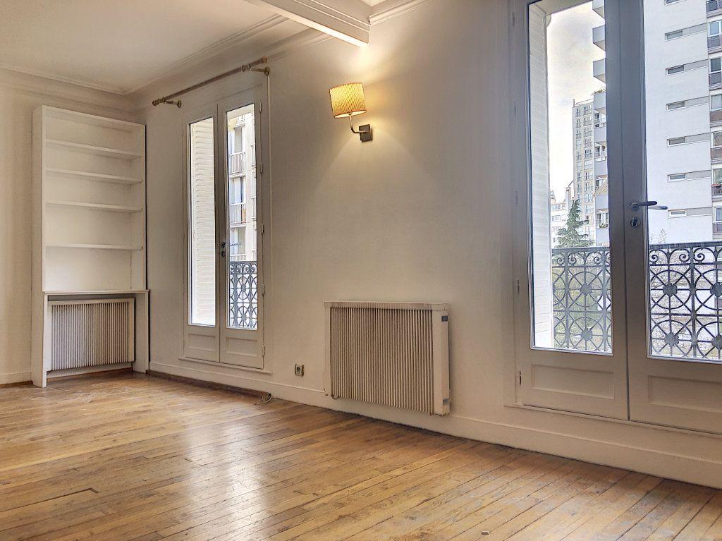 Appartement à louer 2 50m2 à Paris 14 vignette-2