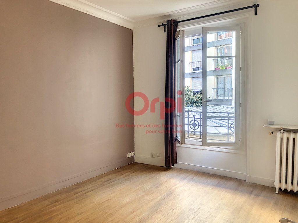 Appartement à louer 1 24.29m2 à Paris 14 vignette-2