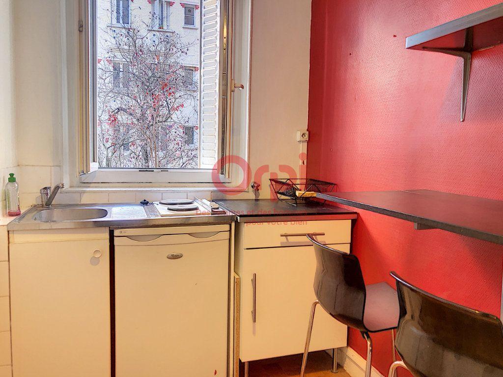 Appartement à louer 1 24.29m2 à Paris 14 vignette-6