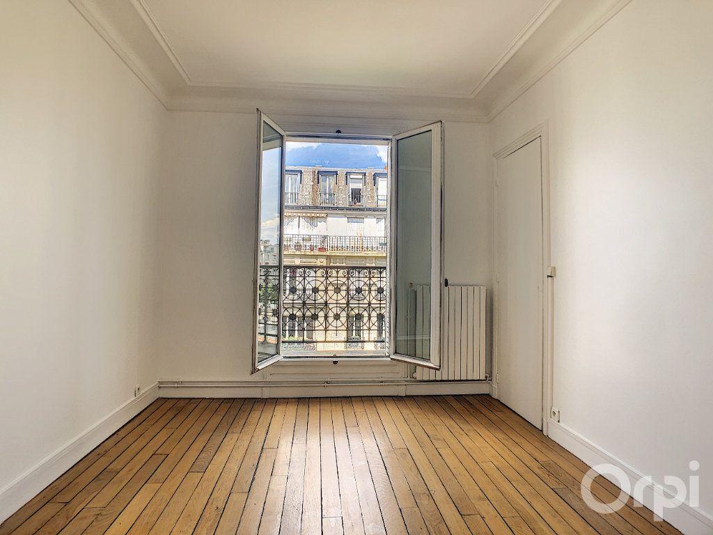 Appartement à louer 4 81.92m2 à Paris 14 vignette-6