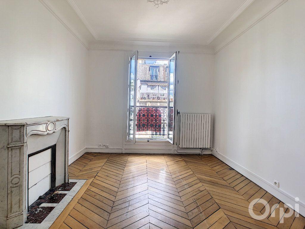 Appartement à louer 4 81.92m2 à Paris 14 vignette-9