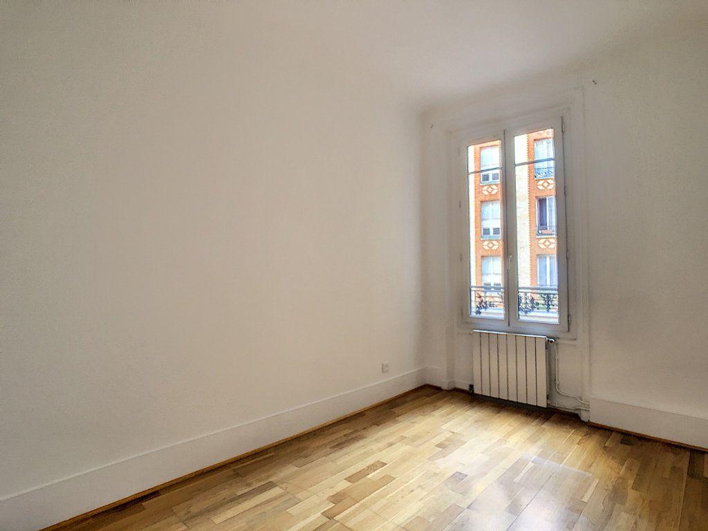 Appartement à louer 3 54m2 à Paris 14 vignette-4