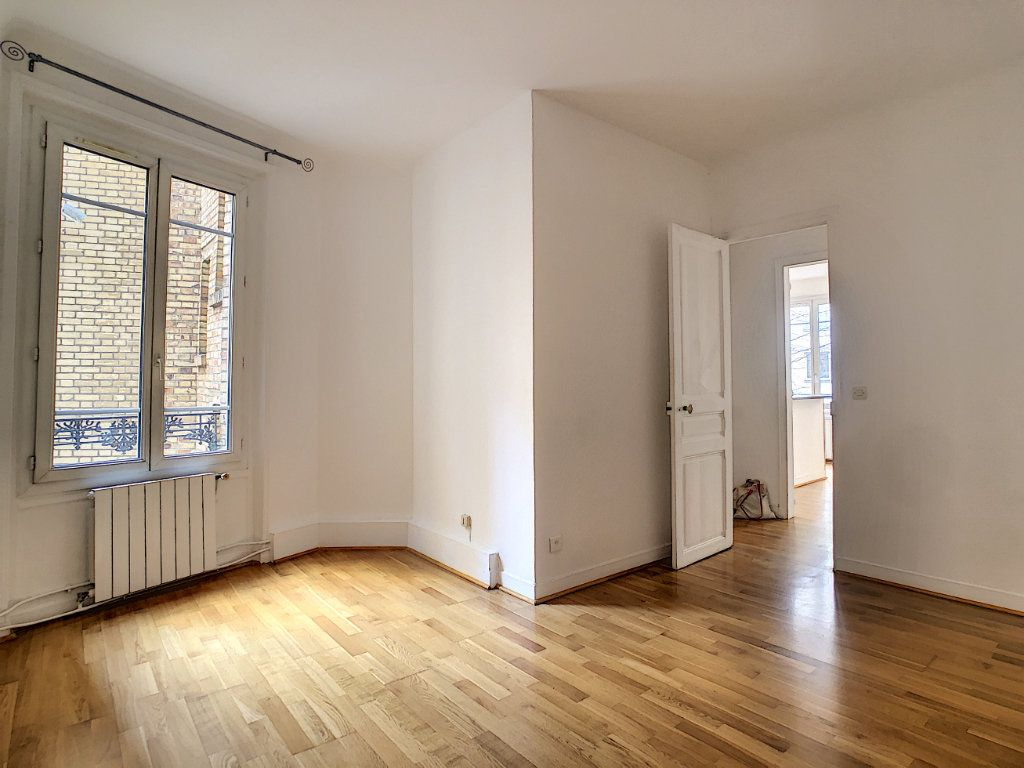 Appartement à louer 3 54m2 à Paris 14 vignette-5
