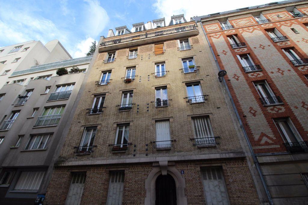 Appartement à louer 3 54m2 à Paris 14 vignette-7