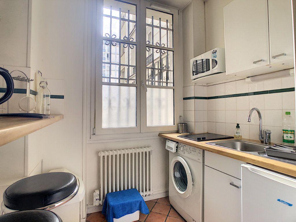 Appartement à louer 1 24m2 à Paris 14 vignette-4