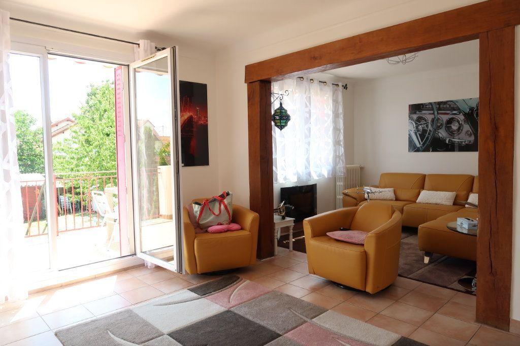 Maison à vendre 6 135.31m2 à Mitry-Mory vignette-2