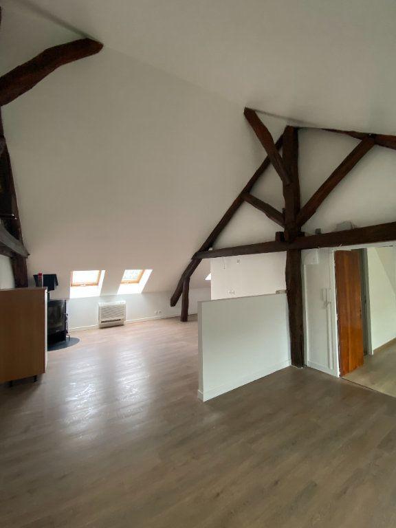 Appartement à louer 4 95m2 à Chaumes-en-Brie vignette-1