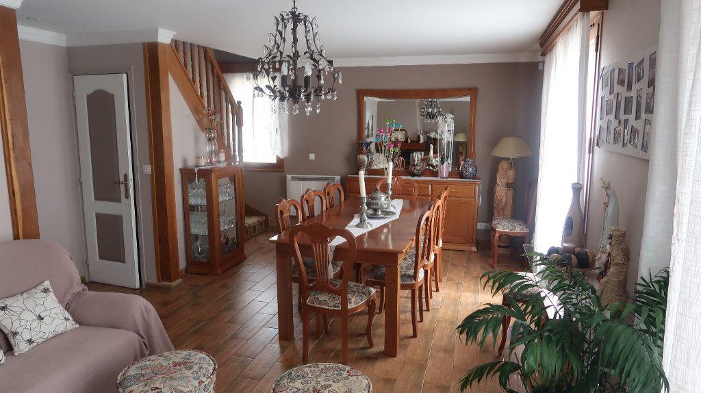Maison à vendre 8 157.2m2 à Mitry-Mory vignette-1