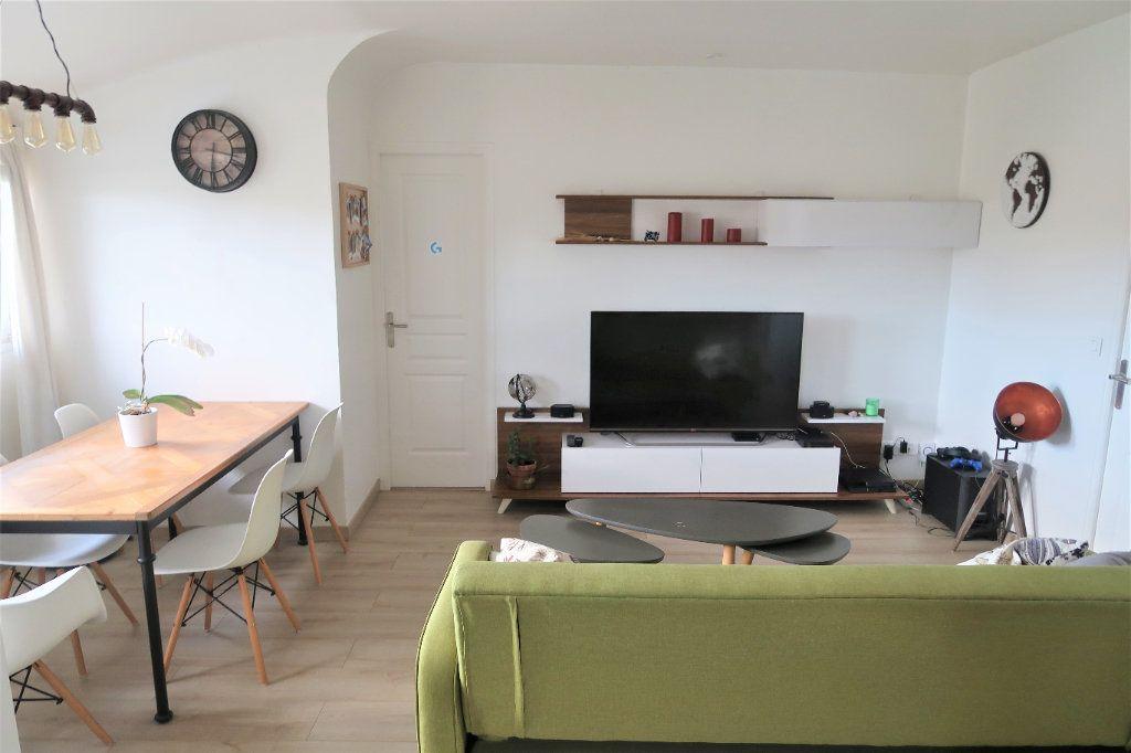 Appartement à vendre 3 67.45m2 à Mitry-Mory vignette-1