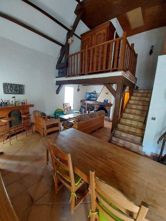 Maison à vendre 5 134.03m2 à Tremblay-en-France vignette-2