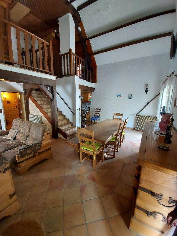 Maison à vendre 5 134.03m2 à Tremblay-en-France vignette-3