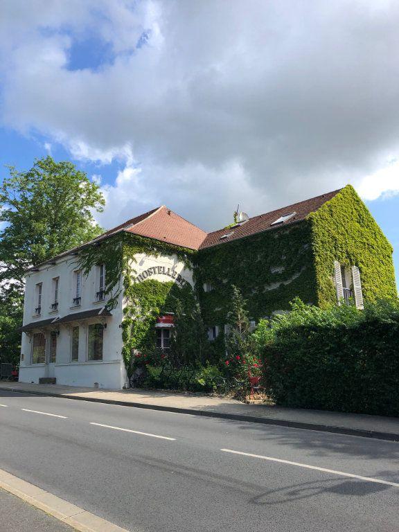 Appartement à louer 1 22m2 à Clermont-Ferrand vignette-1