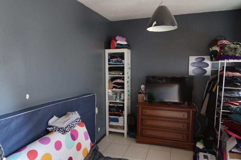 Appartement à vendre 1 16m2 à Mitry-Mory vignette-1