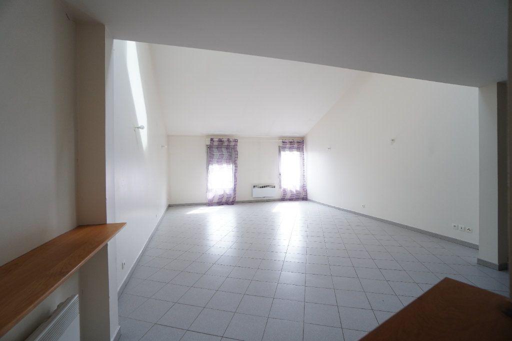 Appartement à vendre 3 108m2 à Mitry-Mory vignette-1