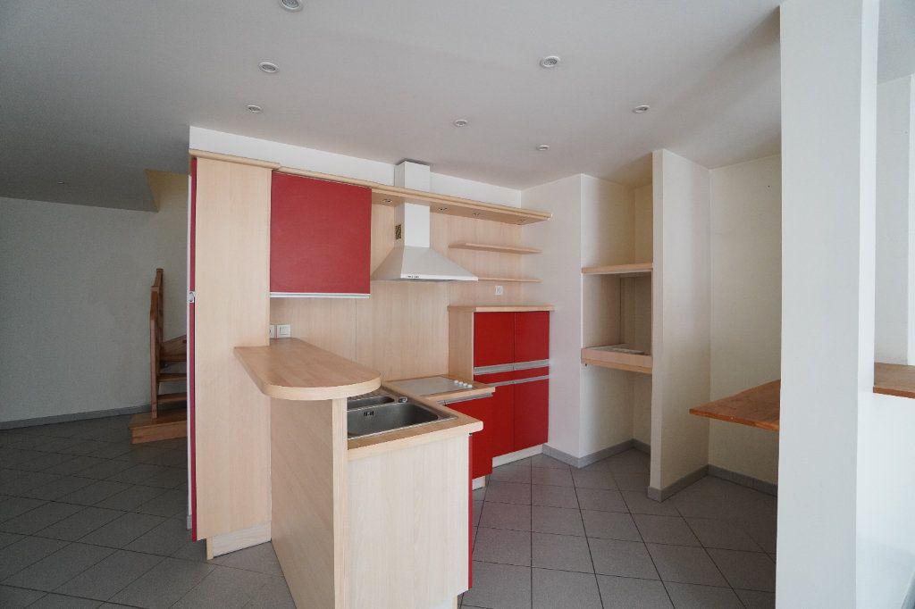 Appartement à vendre 3 108m2 à Mitry-Mory vignette-2