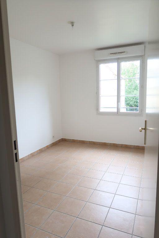 Appartement à louer 3 61.28m2 à Villeparisis vignette-3