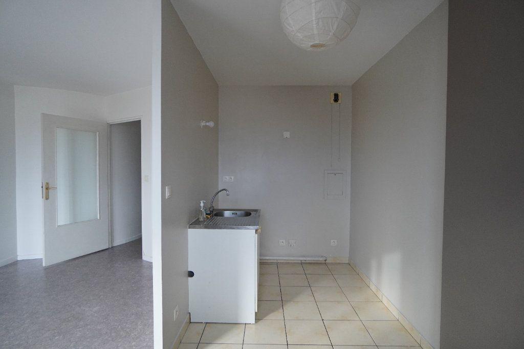 Appartement à louer 2 40.42m2 à Villeparisis vignette-3