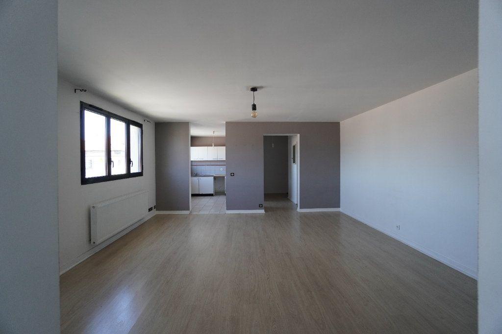 Appartement à louer 2 62.63m2 à Villeparisis vignette-1