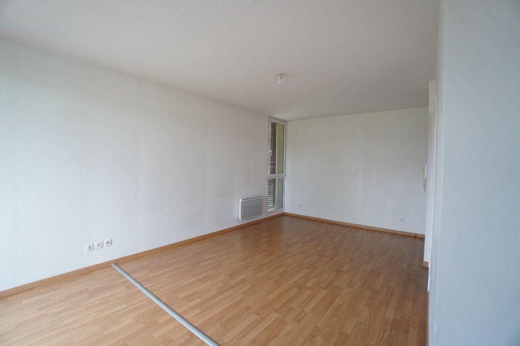 Appartement à louer 1 31.32m2 à Mitry-Mory vignette-1