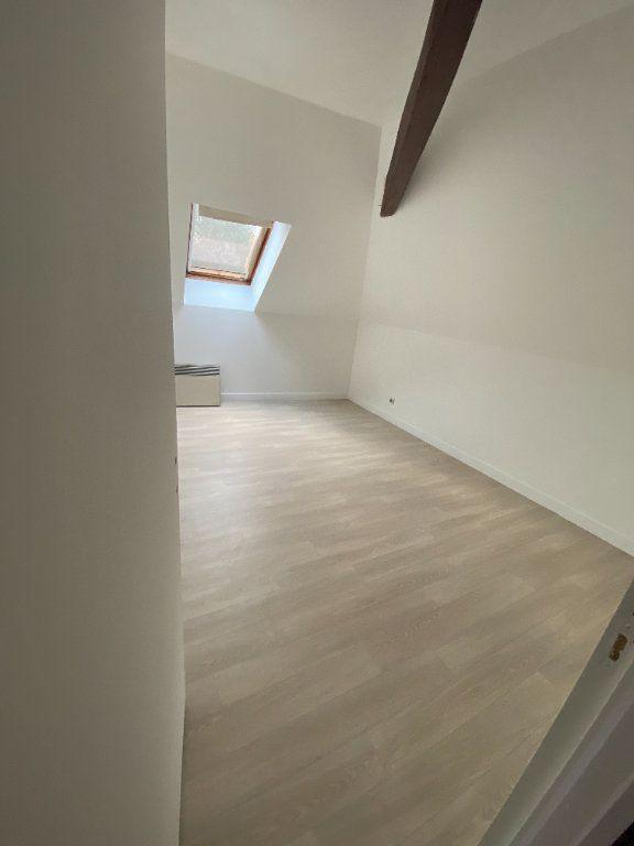 Appartement à louer 4 70m2 à Chaumes-en-Brie vignette-2