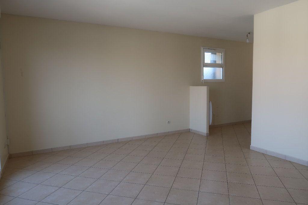 Appartement à louer 2 46.65m2 à Mitry-Mory vignette-2