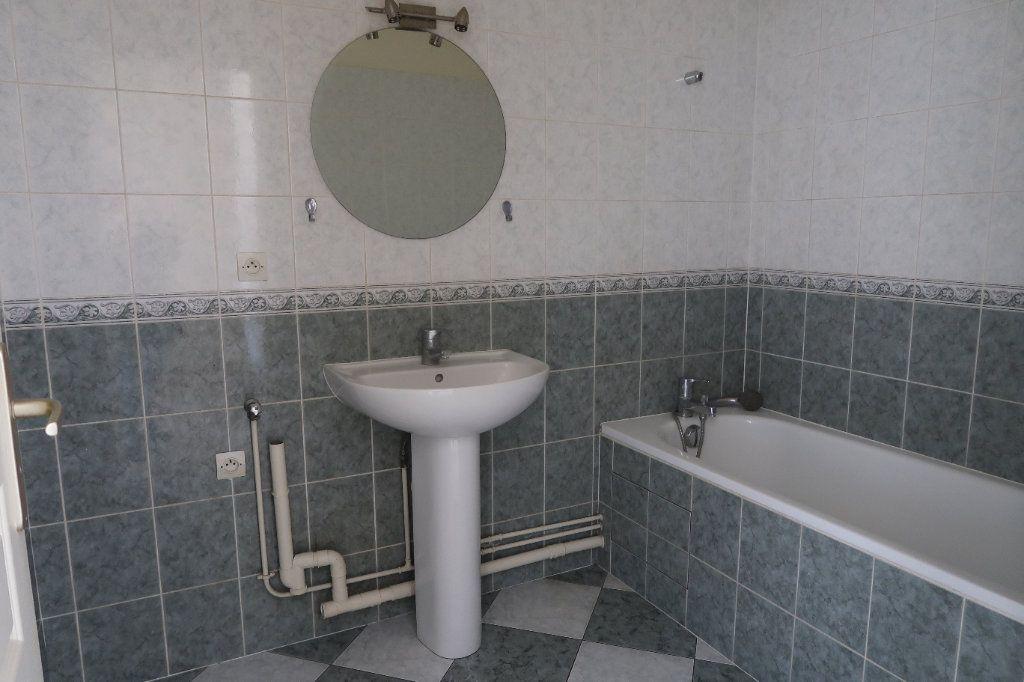 Appartement à louer 2 46.65m2 à Mitry-Mory vignette-5