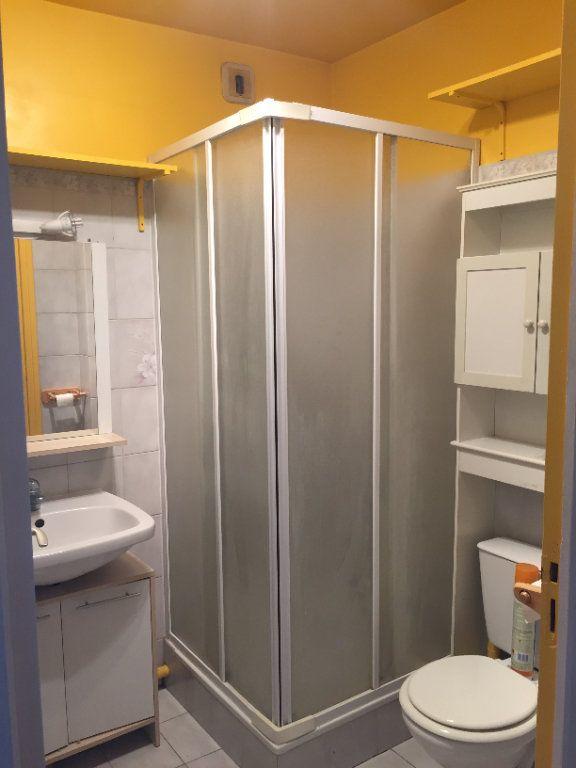 Appartement à louer 1 25.4m2 à Mitry-Mory vignette-3