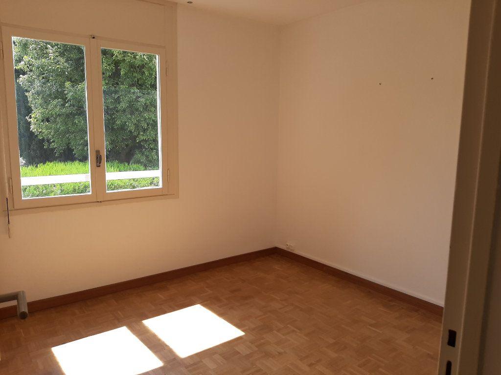 Appartement à louer 3 58m2 à Marseille 13 vignette-5