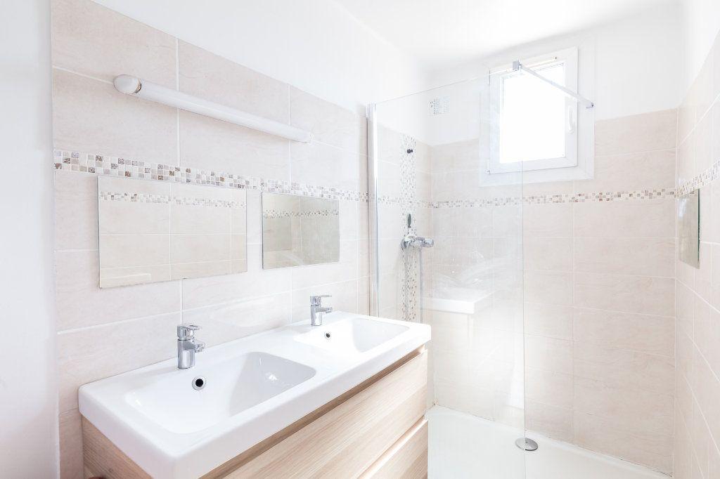 Appartement à vendre 4 68m2 à Marseille 13 vignette-7