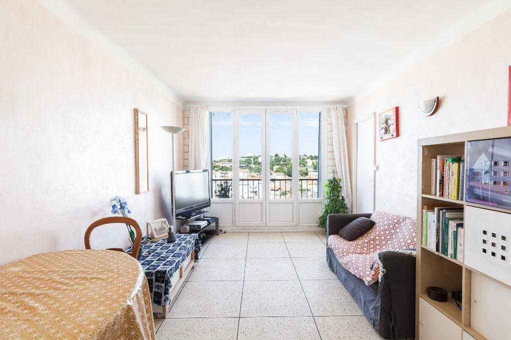 Appartement à vendre 4 68m2 à Marseille 13 vignette-8