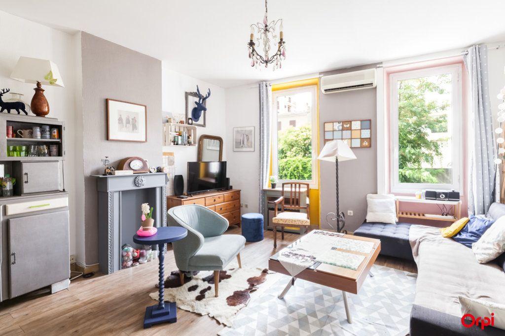 Appartement à vendre 4 84m2 à Marseille 4 vignette-1