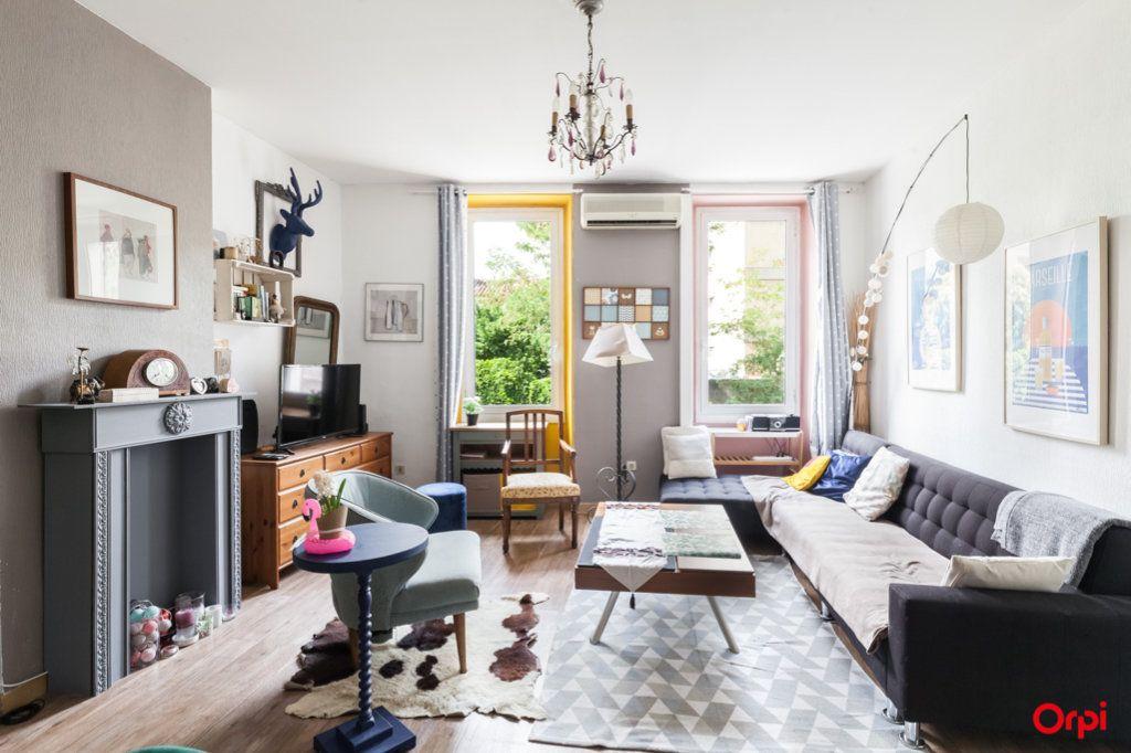 Appartement à vendre 4 84m2 à Marseille 4 vignette-2