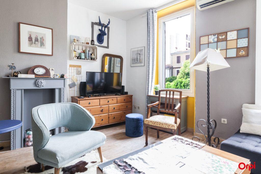Appartement à vendre 4 84m2 à Marseille 4 vignette-3
