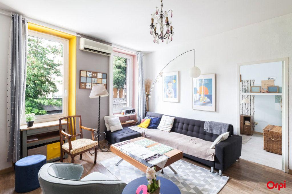 Appartement à vendre 4 84m2 à Marseille 4 vignette-6