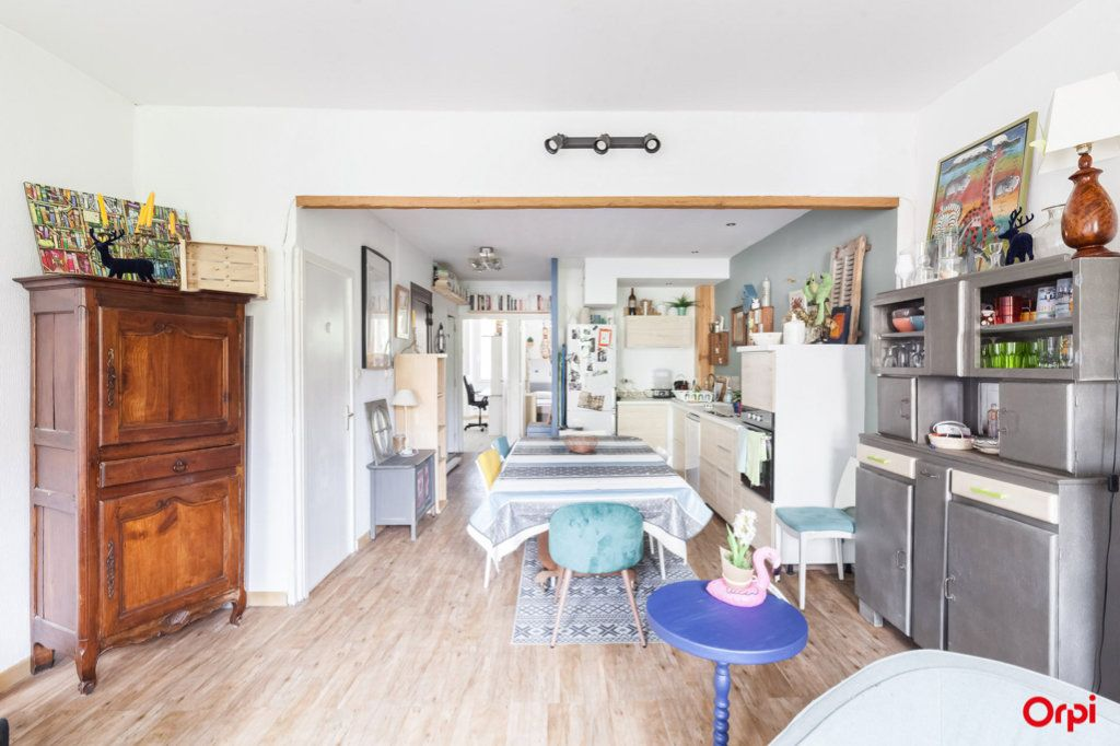 Appartement à vendre 4 84m2 à Marseille 4 vignette-8