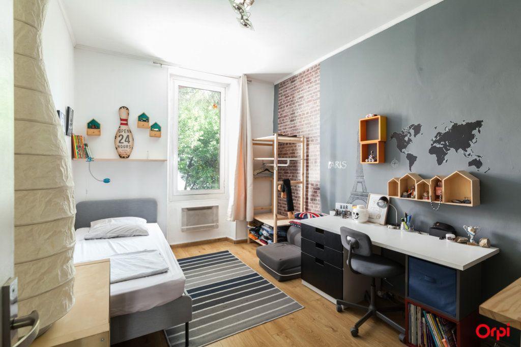 Appartement à vendre 4 84m2 à Marseille 4 vignette-9