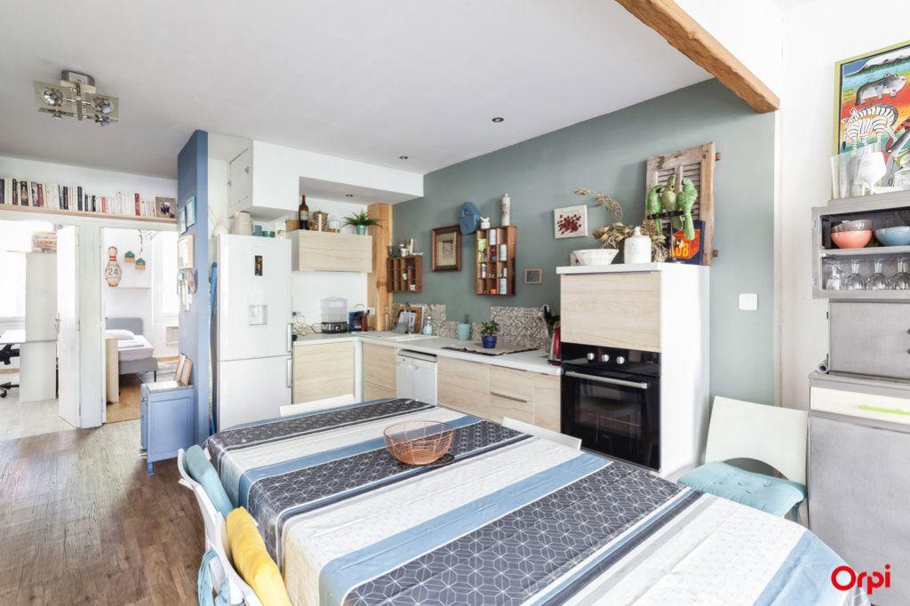 Appartement à vendre 4 84m2 à Marseille 4 vignette-11