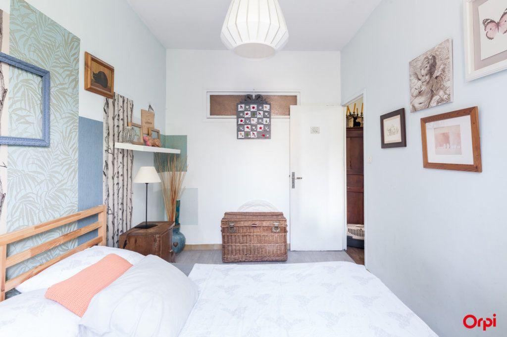Appartement à vendre 4 84m2 à Marseille 4 vignette-13