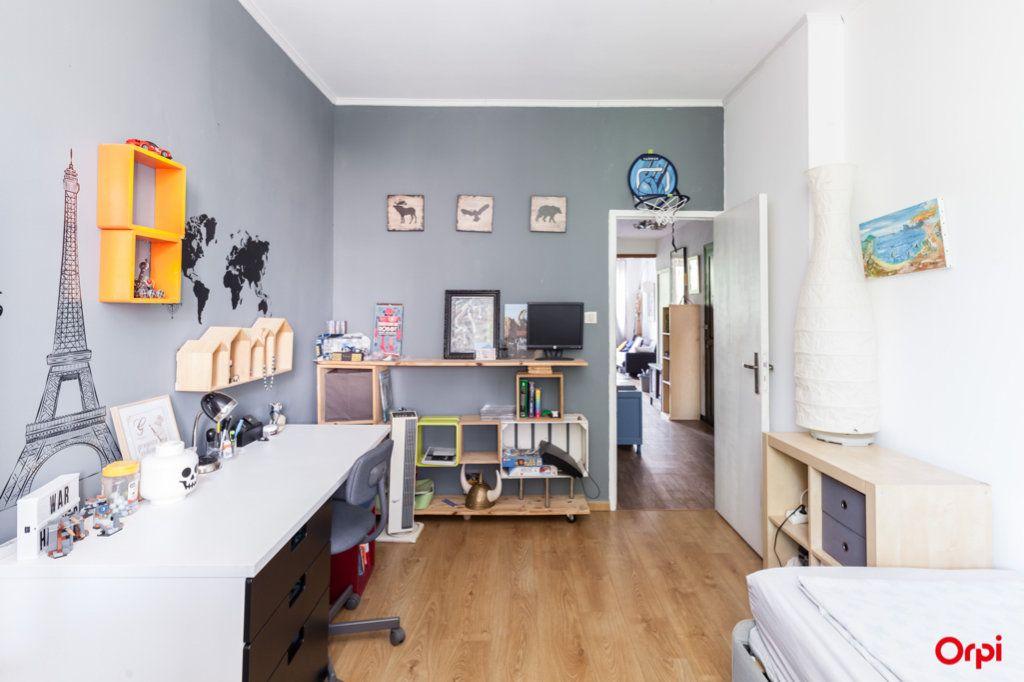 Appartement à vendre 4 84m2 à Marseille 4 vignette-15