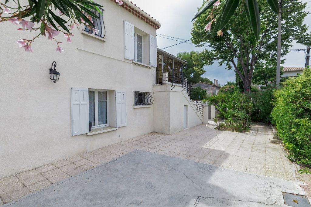 Appartement à vendre 4 93m2 à Marseille 12 vignette-2