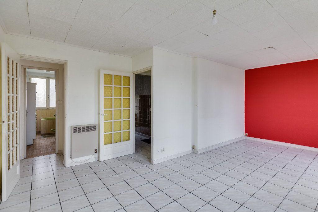 Appartement à vendre 4 60m2 à Marseille 12 vignette-2
