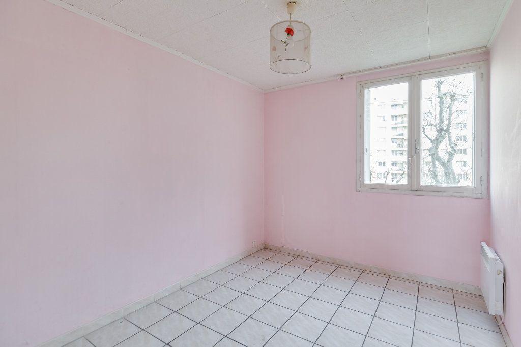 Appartement à vendre 4 60m2 à Marseille 12 vignette-7