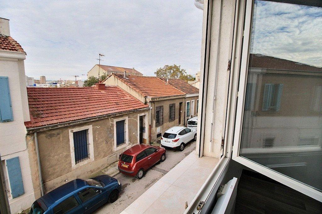 Appartement à vendre 2 30m2 à Marseille 4 vignette-5
