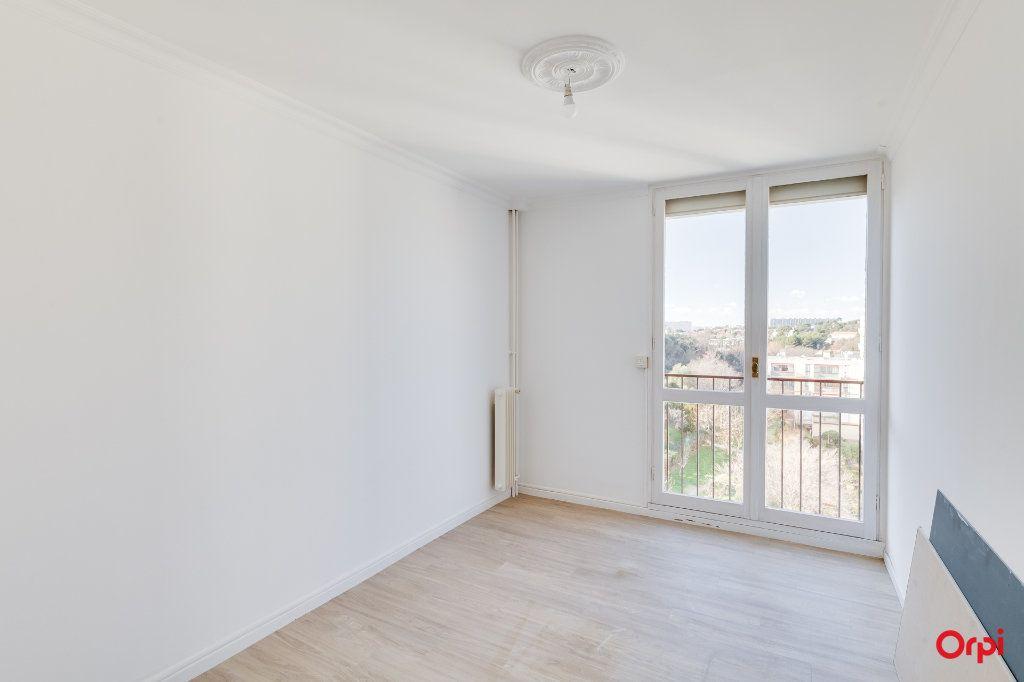 Appartement à vendre 4 77m2 à Marseille 13 vignette-4