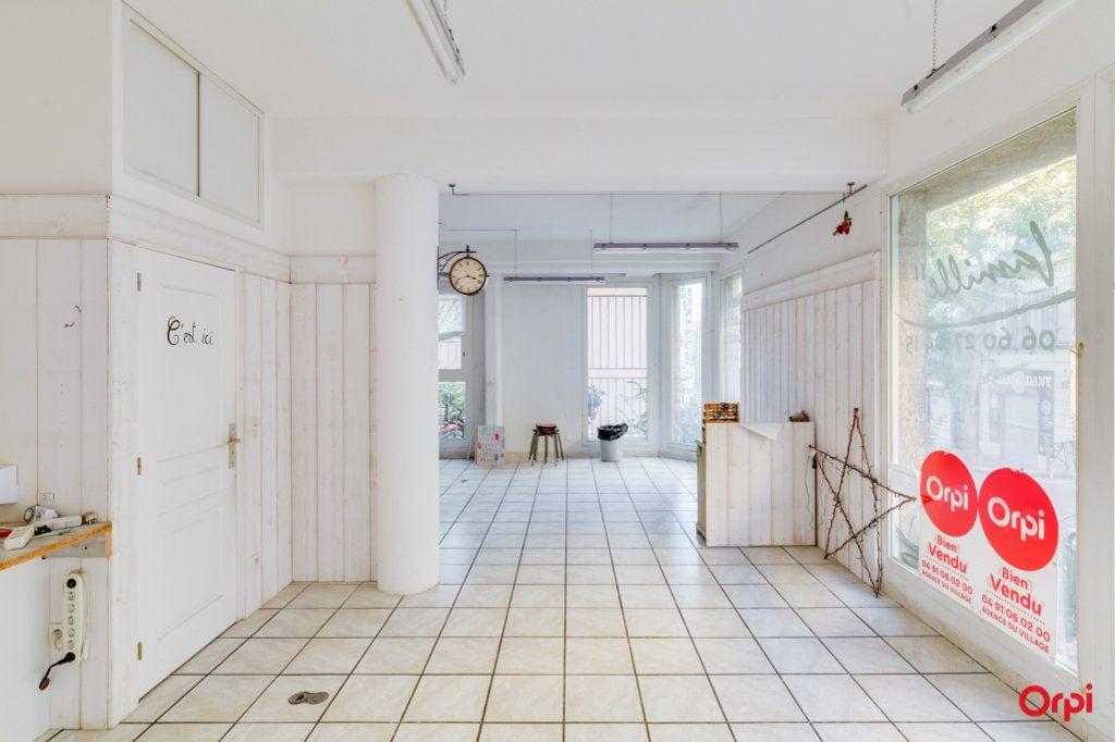Appartement à vendre 2 69m2 à Marseille 4 vignette-1