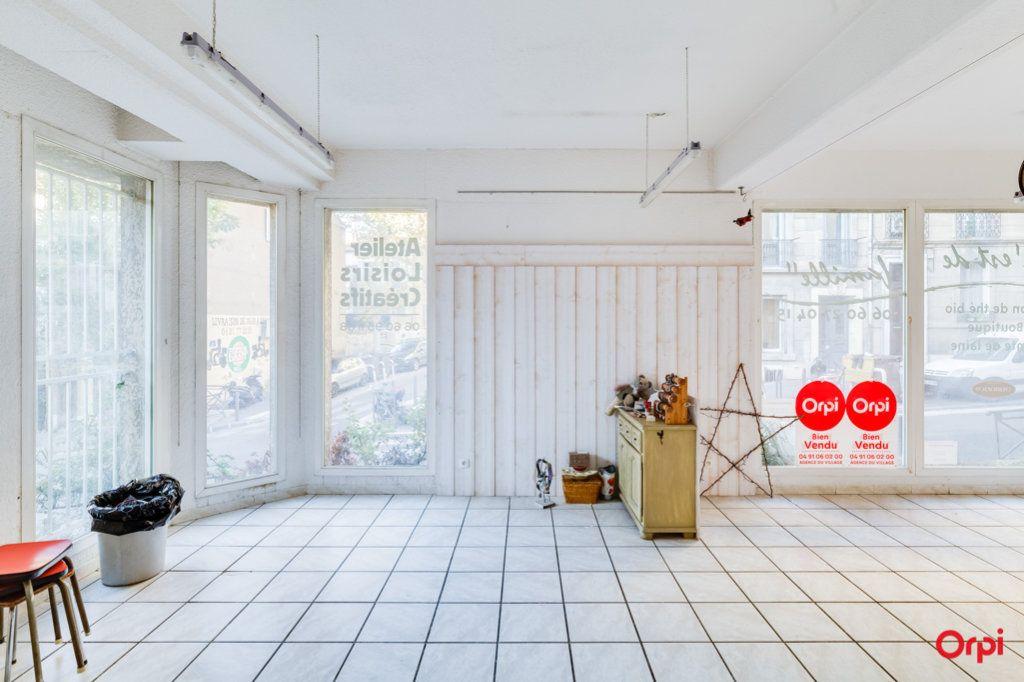 Appartement à vendre 2 69m2 à Marseille 4 vignette-2