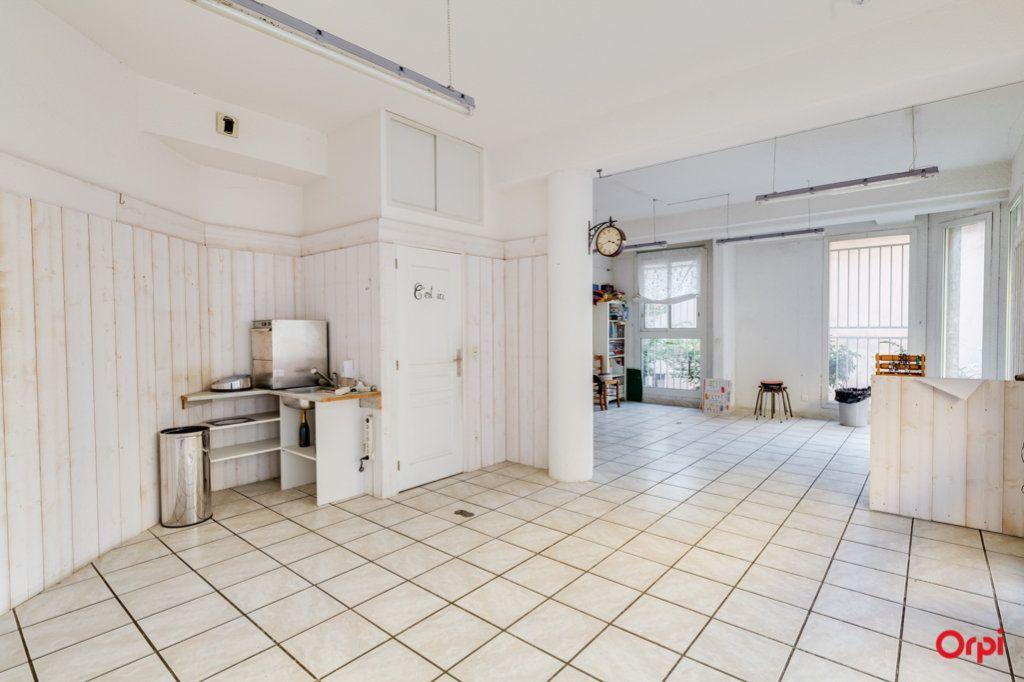 Appartement à vendre 2 69m2 à Marseille 4 vignette-6