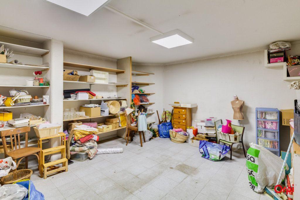 Appartement à vendre 2 69m2 à Marseille 4 vignette-10